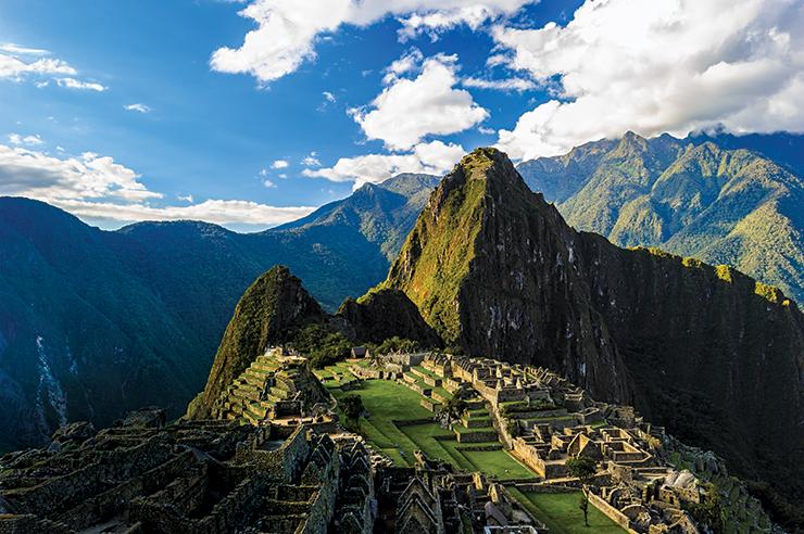 Venice-Magazine-Fall-2014-IssueThe-Legend-of-Peru-Nila-Do-Simon-Machu-Picchu-South-America