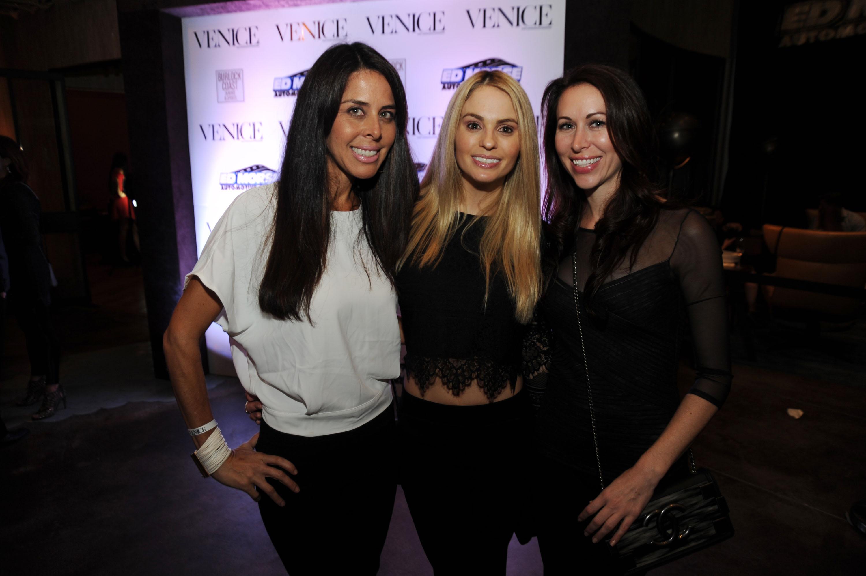 Xenia-Deli-Venice-Magazine-cover-party-burlock-coast-Ashley-Meccarielli-Heather-McQuigg-Jenny-Brush