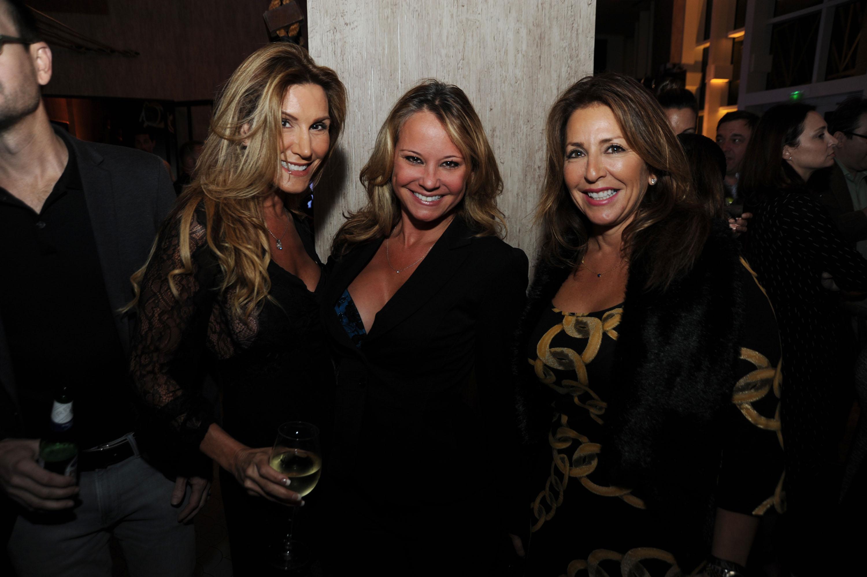 Xenia-Deli-Venice-Magazine-cover-party-burlock-coast-Dena-Murges-Tracy-Roslund-Jennifer-Putnam