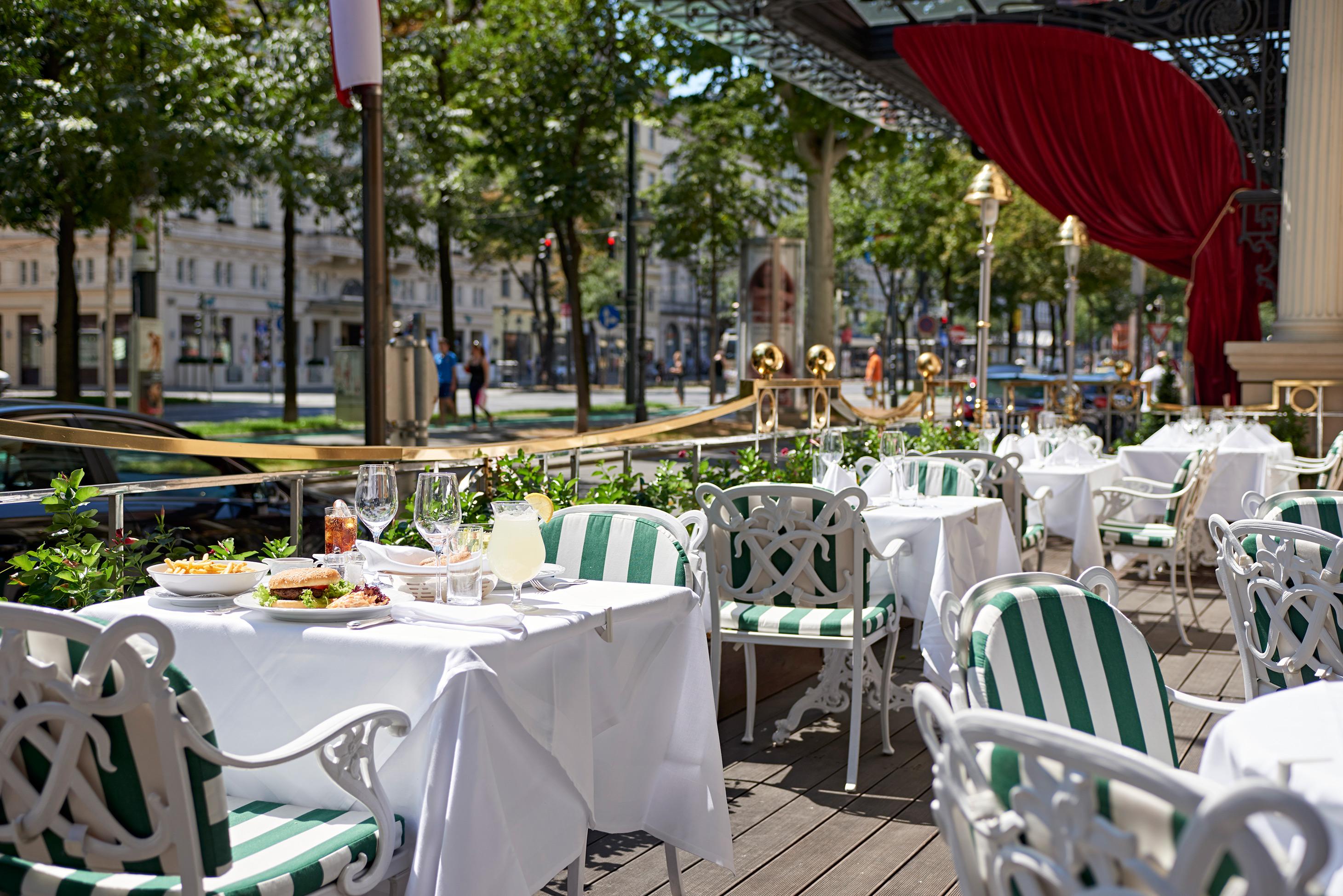 Schanigarten_Grand_Hotel_Wien_Vienna_Austria_Venice_Magazine