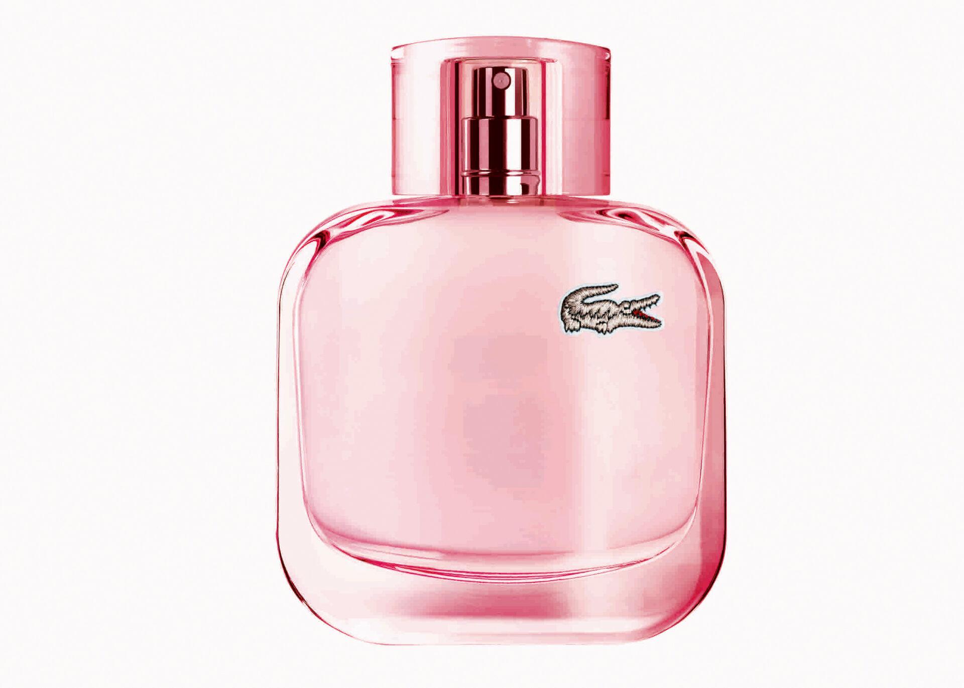 Sparkling fragrance from the EAU DE LACOSTE L.12.12 Pour Elle collection.