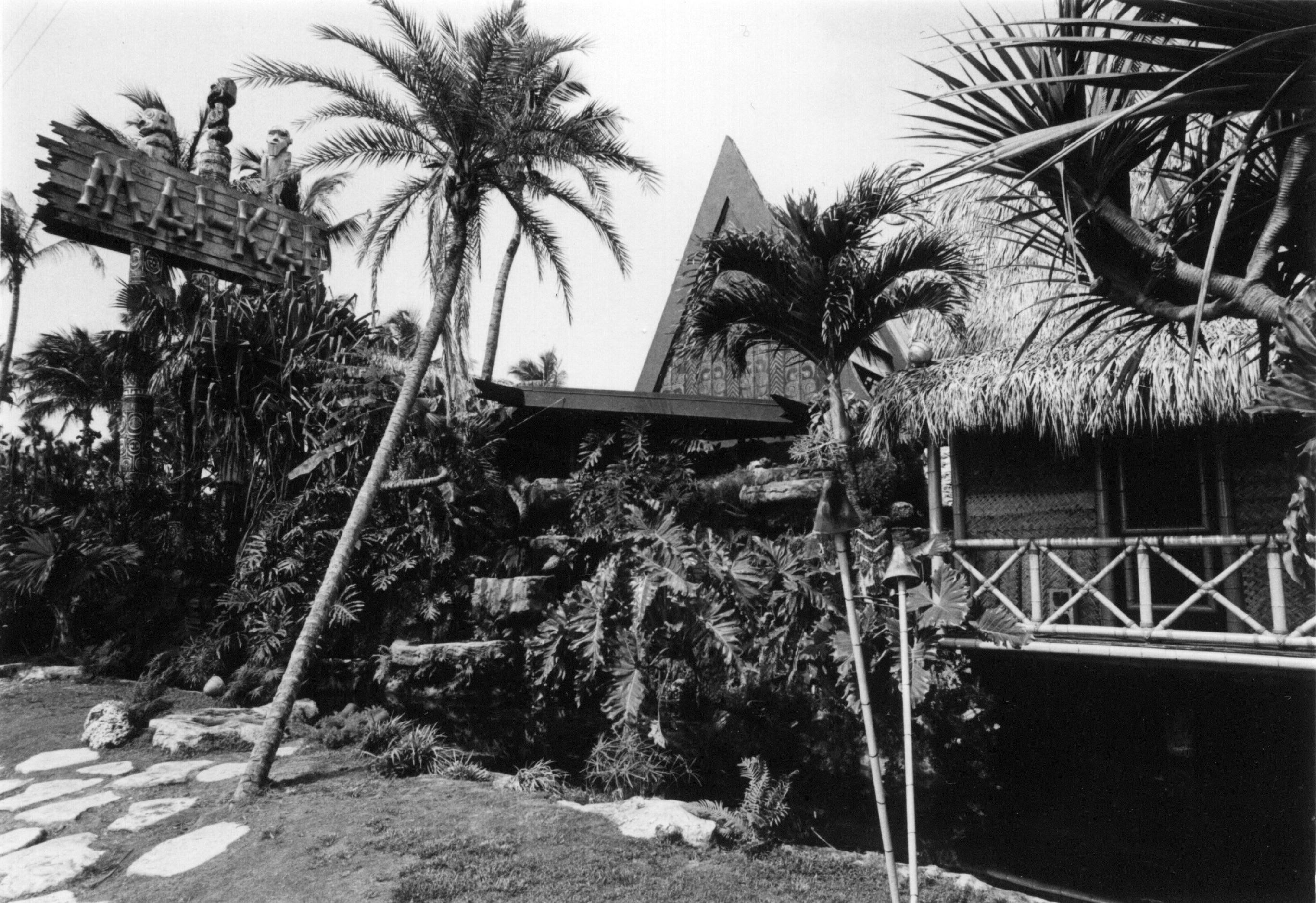 "Venice-Magazine-Summer-Issue-Mai-Kai-In-Retrospect-Polynesian-Pursuits-Tim-""Swanky""-Glazner"