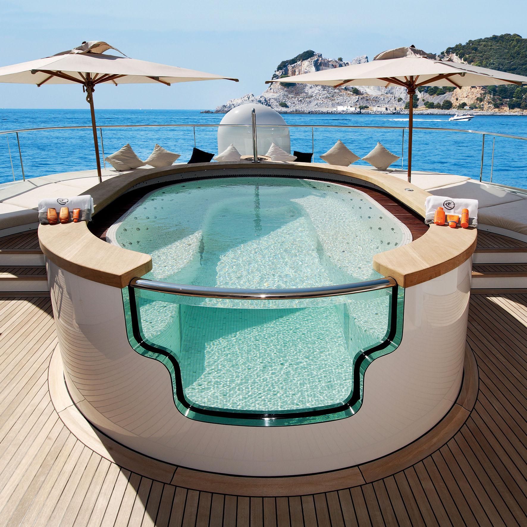 SuperyachtLife-On-The-High-Seas-Tony-Harris-Fort-Lauderdale-Venice-Magazine-3
