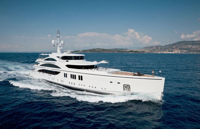 SuperyachtLife-On-The-High-Seas-Tony-Harris-Fort-Lauderdale-Venice-Magazine-1