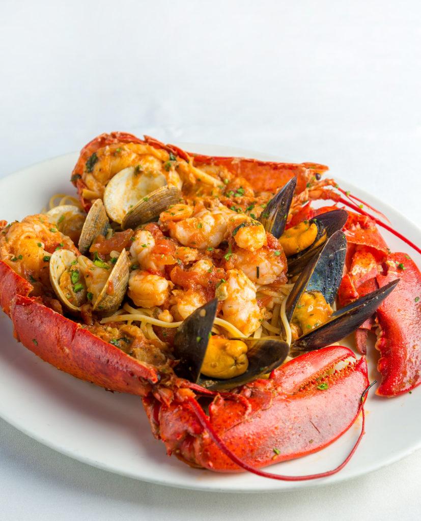 carpaccio-italian-cuisine-Venice-Magazine-lobster-bal-harbour-Jessica-Mehalic-Lucas-Carpaccios-Sip-and-Savor-Italian-Bal-Harbour