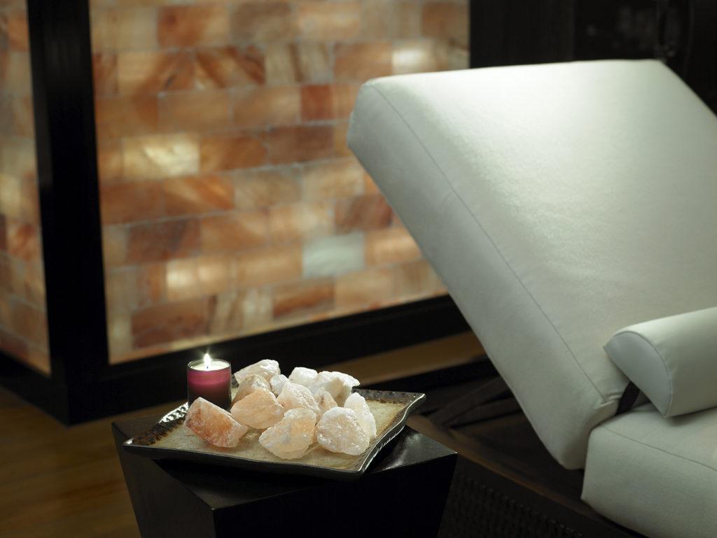 Acqualina-Resort-spa-sunny-isle-florida-wellness-espa-venice-magazine-himalayan-salt-wall-nila-do-simon