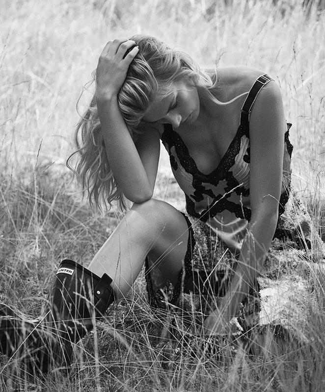 Venice-magazine-seppe-tirabassi-dean-isidro-Kristin-Kagay-fashion-Katsumi-Matsuo-Jodie-Boland-Louis-Vuitton-Hunter-boots