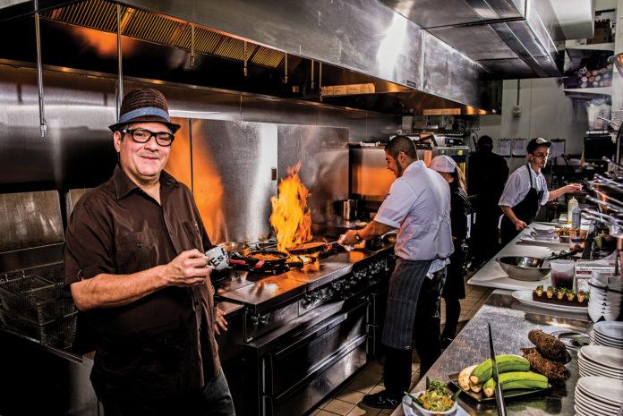 chef-douglas-rodriguez-venice-magazine-alma-de-cuba-fort-lauderdale-mojitobar-miami-cuban-food-winter-nila-do-simon-felipe-cuevas-carlos-suarez