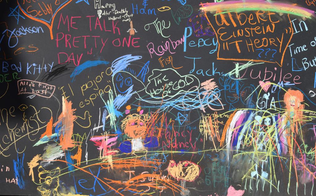 carrie-bennett-chalk-art-live-murals-painting-artist-nila-do-simon-scott-mcintyre-venice-magazine-fort-lauderdale