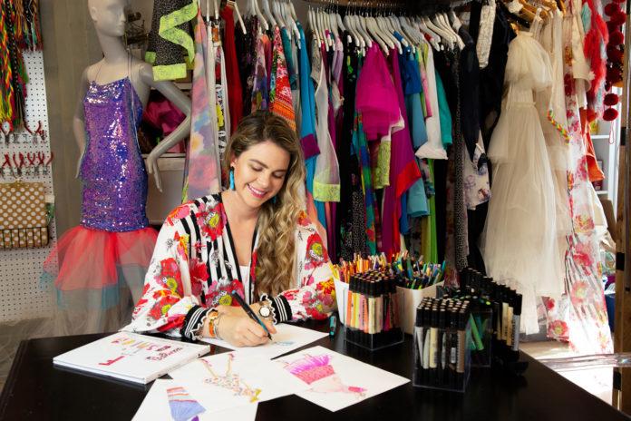 Amanda-Perna-Angie-Myers-maddy-Zollo-Rusbosin-venice-nila-do-simon-fashion
