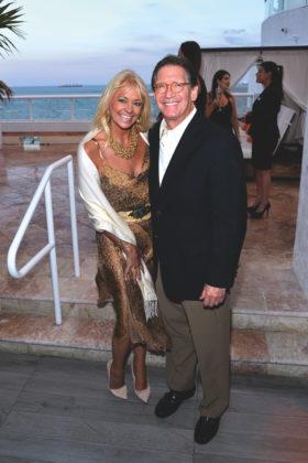 Venice-Magazine-Summer-2015-Issue-The-Seen-Sabbia-Beach-Launch-Party-Lisa-Scott-Founds-David-Founds.