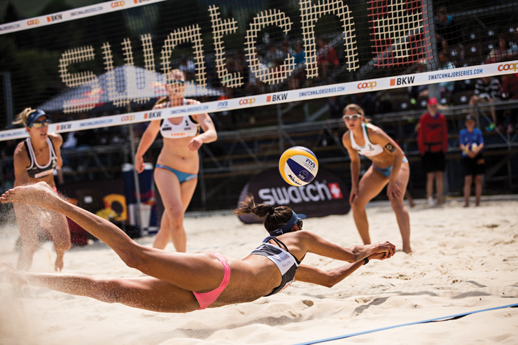 Venice-Magazine-Fall-2015-Issue-Point-Break-Nila-Do-Simon-Swatch-Beach-Volleyball-Series-Fort-Lauderdale1