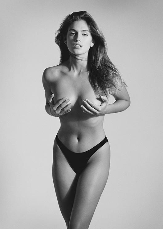 Venice-Magazine-Fort-Lauderdale-Cindy-Crawford-Model-Memoir-Becoming-1