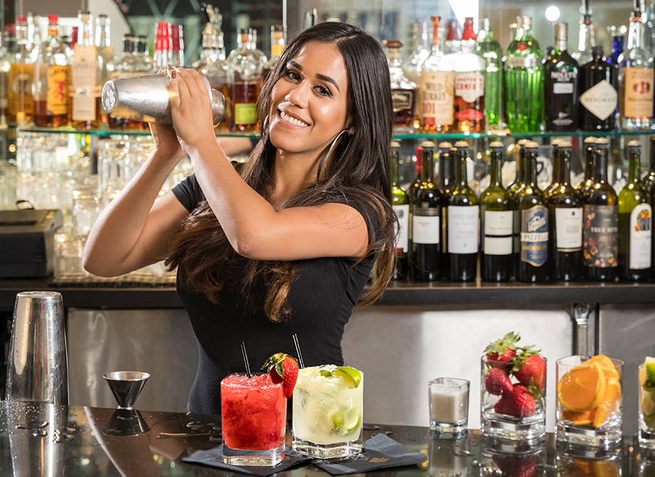 Venice-magazine-Summer-2016-Shake-it-up-caipirinha-brazil-chima-steakhouse-fort-lauderdale