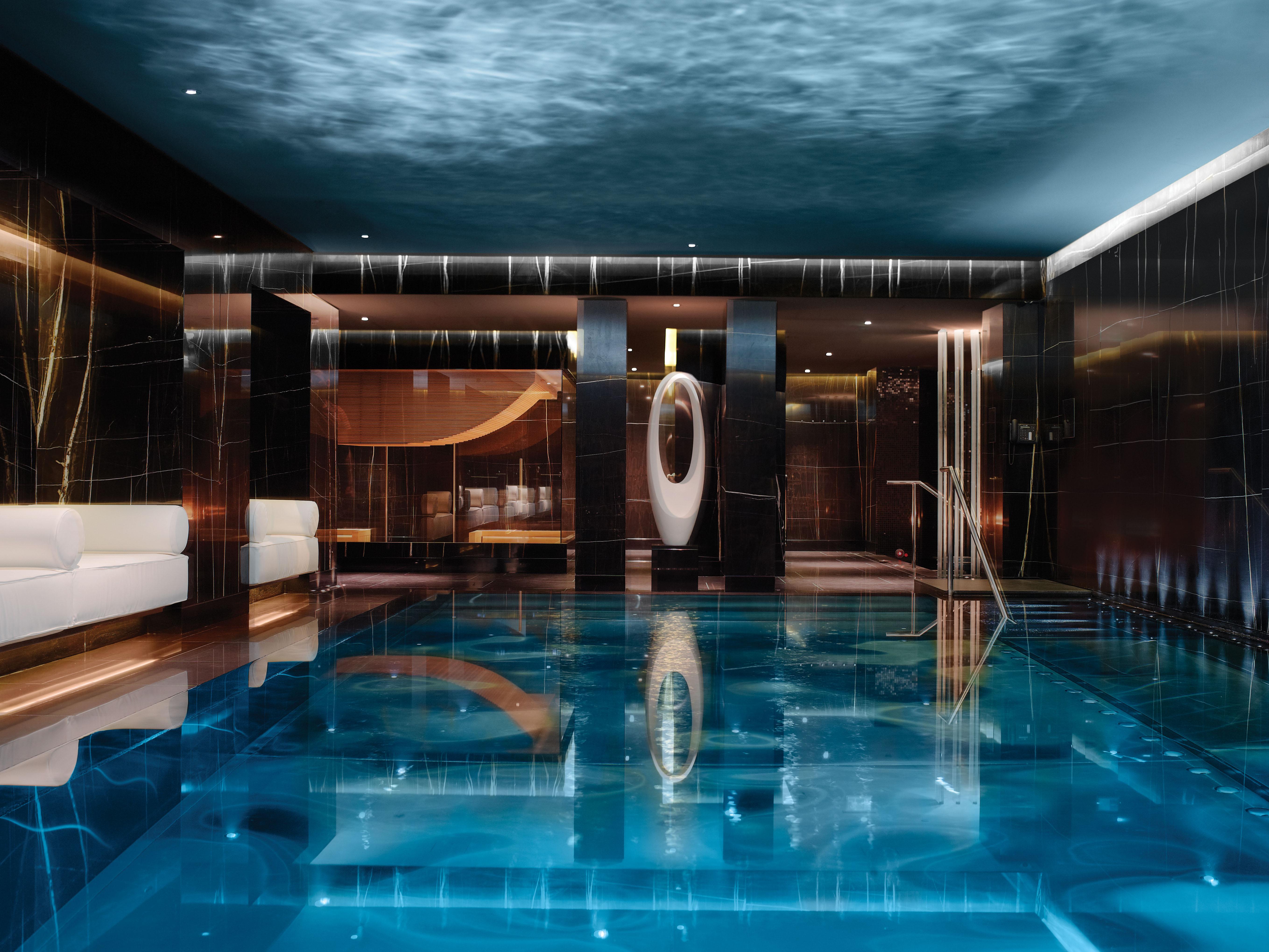 ESPA-Bank-On-It-London-Nil-Do-Simon-Fort-Lauderdale-Venice-Magazine
