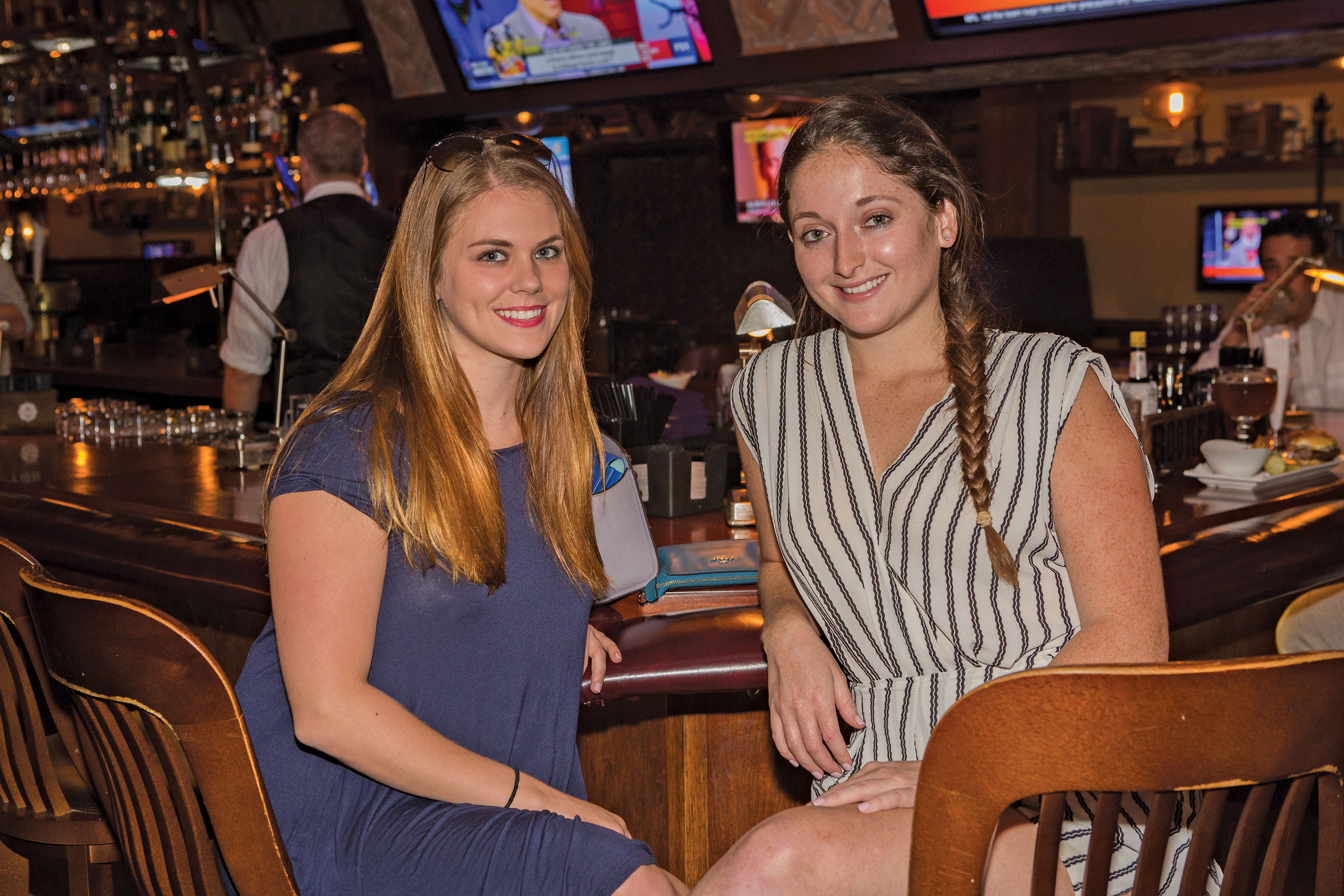 megan-mailloux-ally-binkley-the-royal-pig-pub-fort-lauderdale-venice-magazine