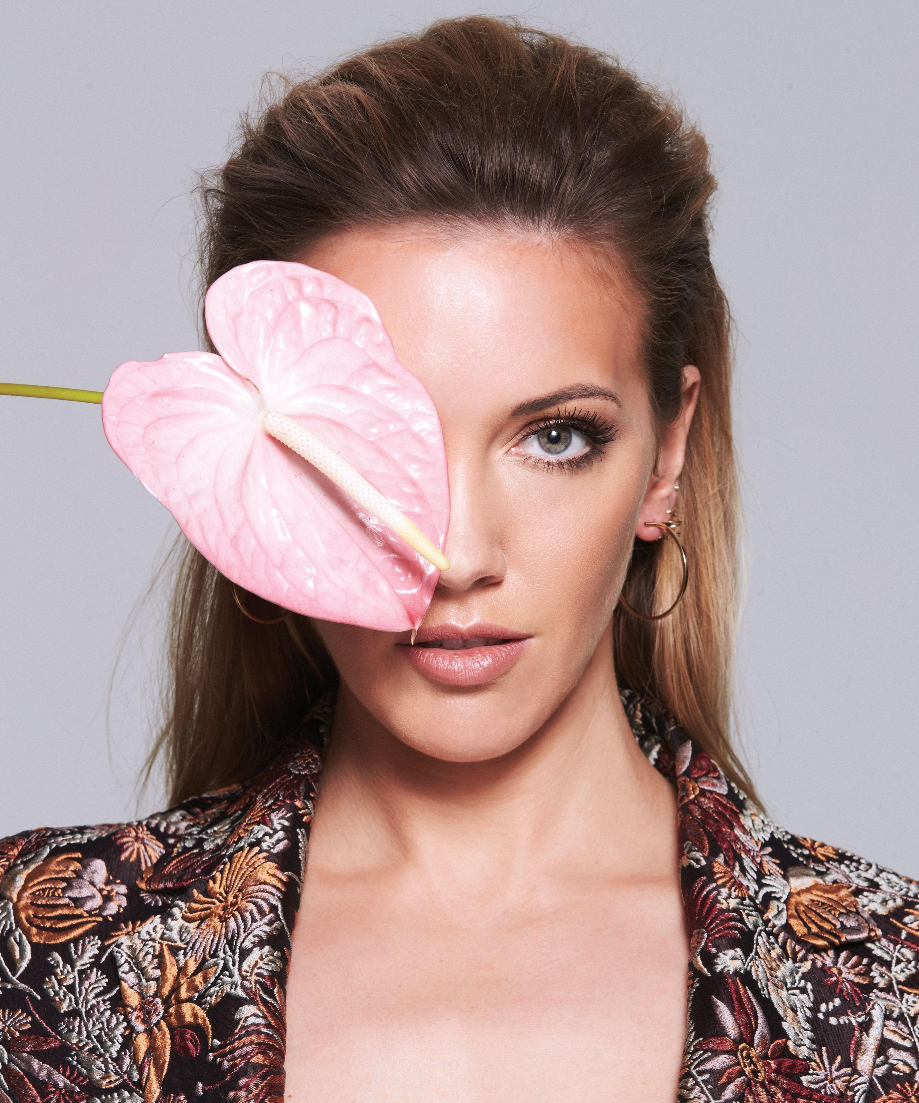 Katie-Cassidy-In-Bloom-Elyssa-Goodman-Masha-Maltsava-Seppe-Tirabassi-Fort-Lauderdale-Venice-Magazine-3