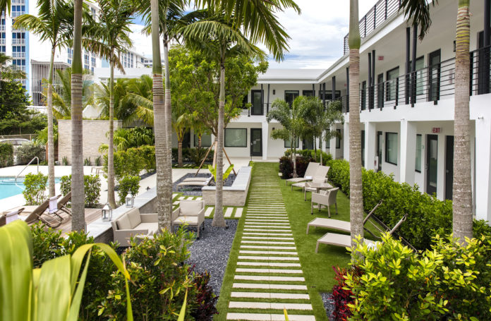 A-Taste-of-Home-The-Ikona-Hotel-Gzella-Collection-Fort-Lauderdale