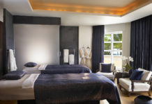Acqualina-Resort-spa-sunny-isle-florida-wellness-espa-venice-magazine-royal-spa-suite-treatment-room-fendi-casa-nila-do-simon