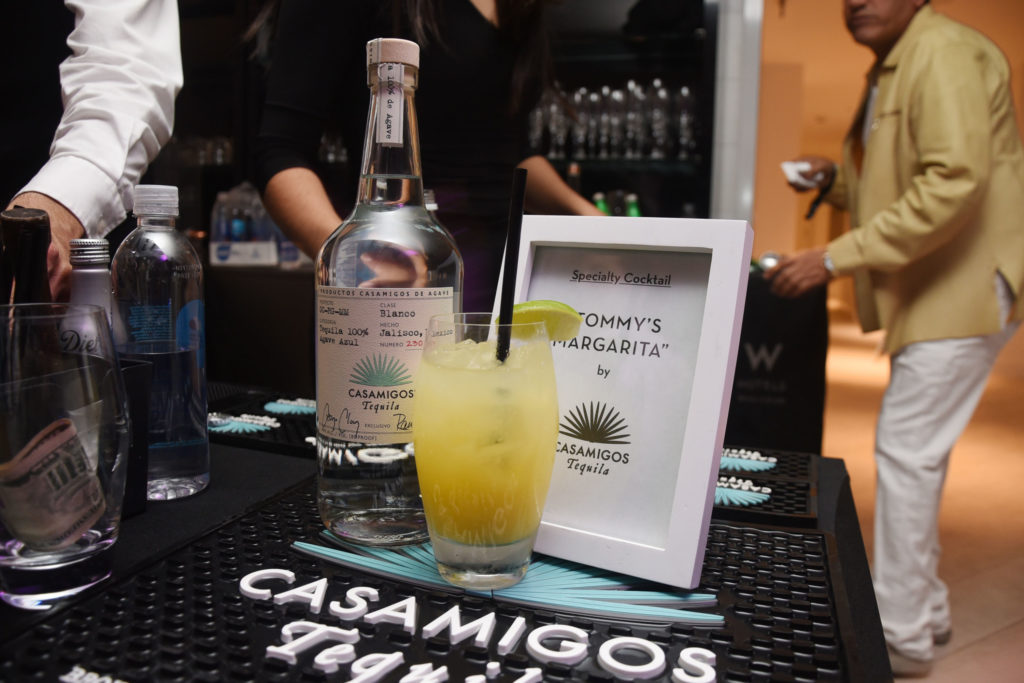 casamigos-tequila-Venice-magazine-Winter-Issue-cover-party-w-fort-lauderdale-carlos-suarez-nila-do-simon