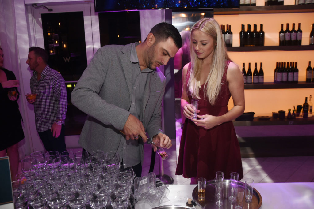 spirits-Venice-magazine-Winter-Issue-cover-party-w-fort-lauderdale-carlos-suarez-nila-do-simon