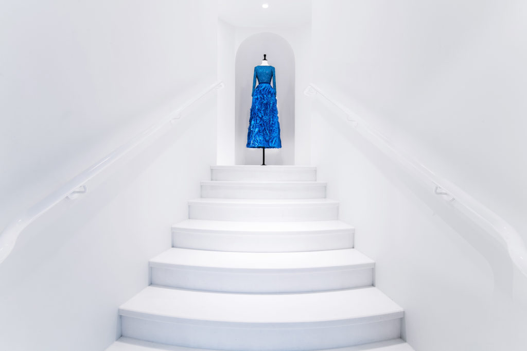 Alice-and-olivia-miami-design-district-fashion-Dylan-Rives-stairway-fort-lauderdale-venice-magazine-spring-2018-issue-carlos-suarez-nila-do-simon