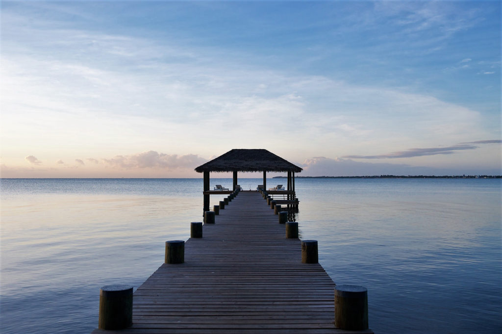 NAIA-pier-Belize-lane-Nieset-travel-venice-magazine-spring-2018-issue-carlos-suarez-nila-do-simon