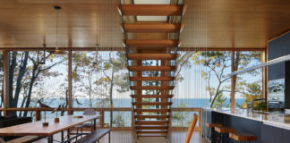 On-the-Water-Houses-by-the-Shore-Oscar-Riera-Ojeda-Byron-Hawes-Fort-Lauderdale-Venice-Magazine-Summer-2018-Lake-Michigan-Wheeler-Kearns