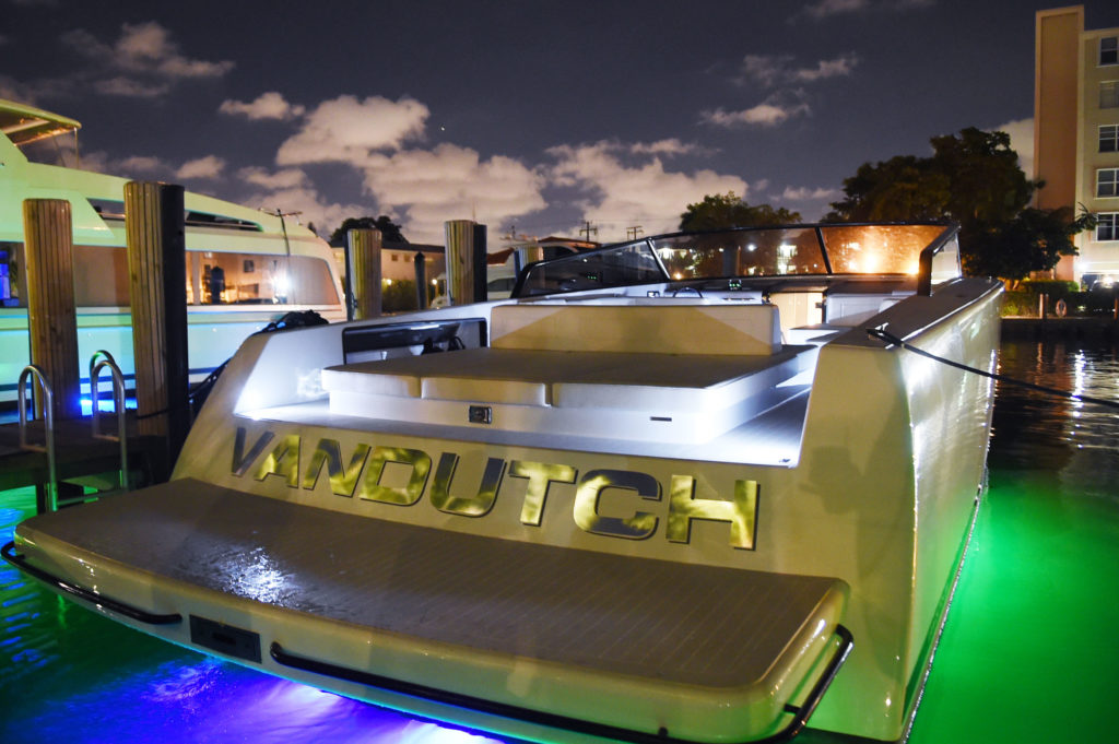 Van-Dutch-venice-magazine-florida-panthers-cats-launch-boatyard