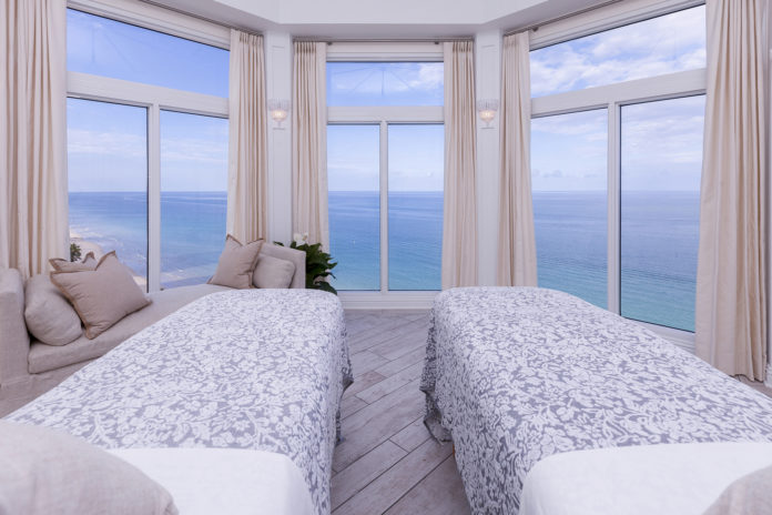 Pure-SPA-pelican-grand-fort-lauderdale-venice-holiday