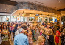 crowd-shot-venice-magazine-dune-aubuerge-brunch-fort-lauderdale-tamz