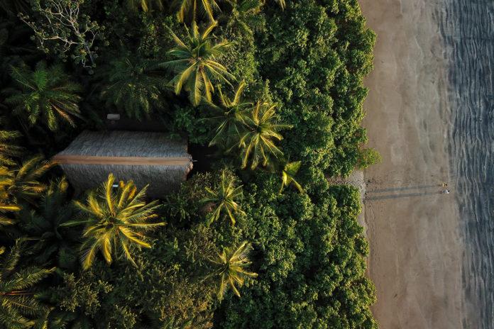 ISLA-PALENQUE-panama-lane-nieset-venice-magazine-aerial