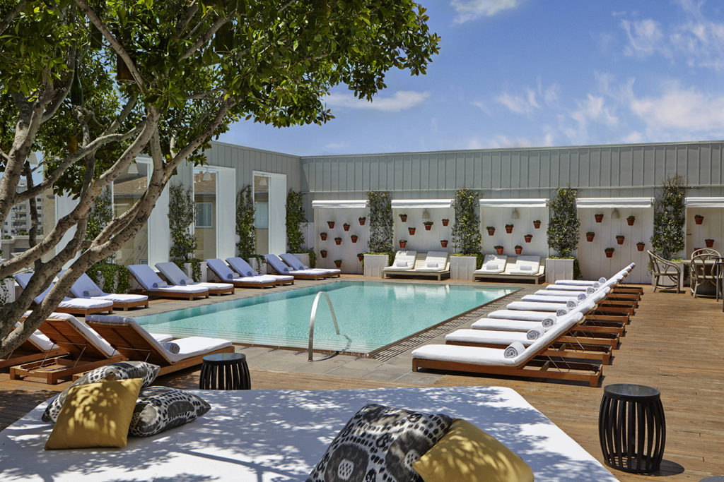 Los-angeles-nila-do-simon-venice-magazine-mondrian-pool-deck