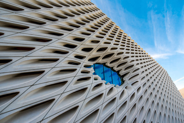 Los-angeles-nila-do-simon-venice-magazine-the-broad-museum