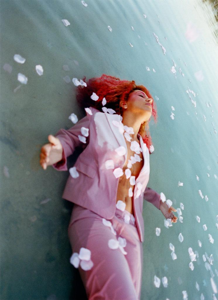 Josh-Aronson-Tropicana-venice-magazine-celia-almeida-pink-suit
