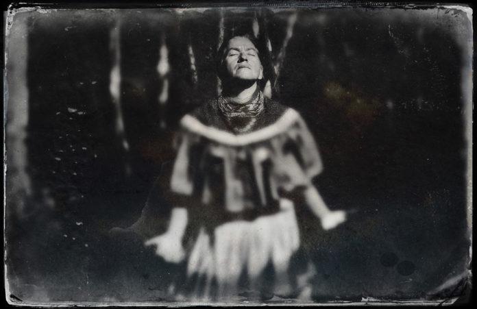 A-grandmothers-Prayer-Lisette-Morales-history-fort-lauderdale-venice-nila-do-simon