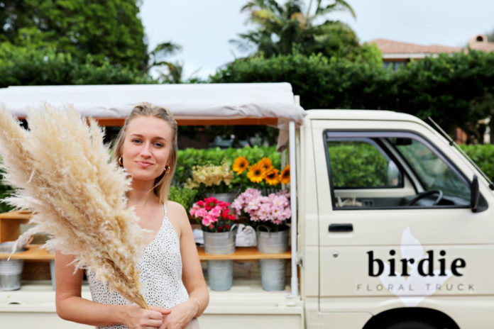 Birdie-floral-truck-venice-magazine-cecelia-feathers-nila-do-simon