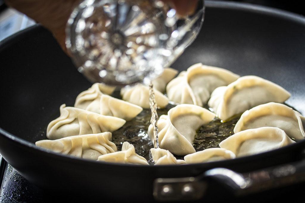 Calvin-Dumplings-shirley-hsieh-alex-kuk-eduardo-schneider-venice-magazine-pan