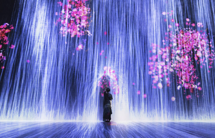 Superblue-miami-Universe-of-Water-Particles-Transcending-Boundaries-venice-magazine-nila-do-simon